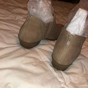 TOP Moda Shoes - Booties
